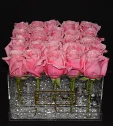 ECUADORIAN PINK ROSES